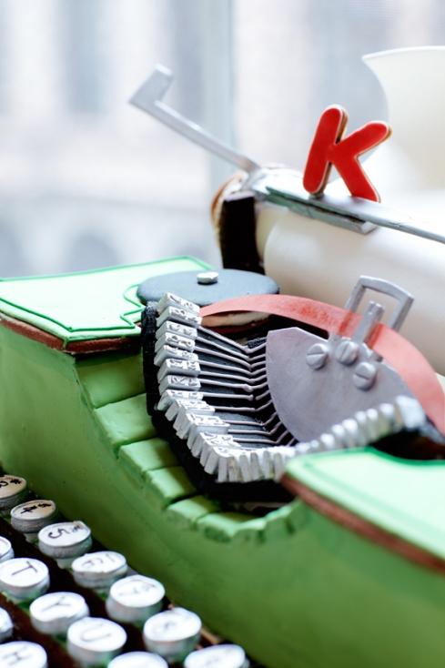 Gingerbread typewriter 2
