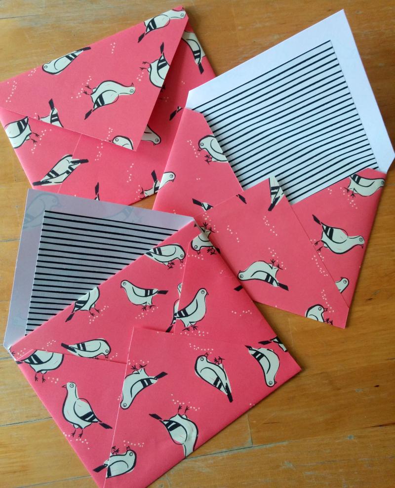 Pigeon mascot card 03